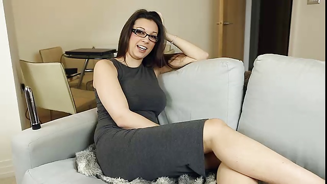 MILF in glasses talks about sex